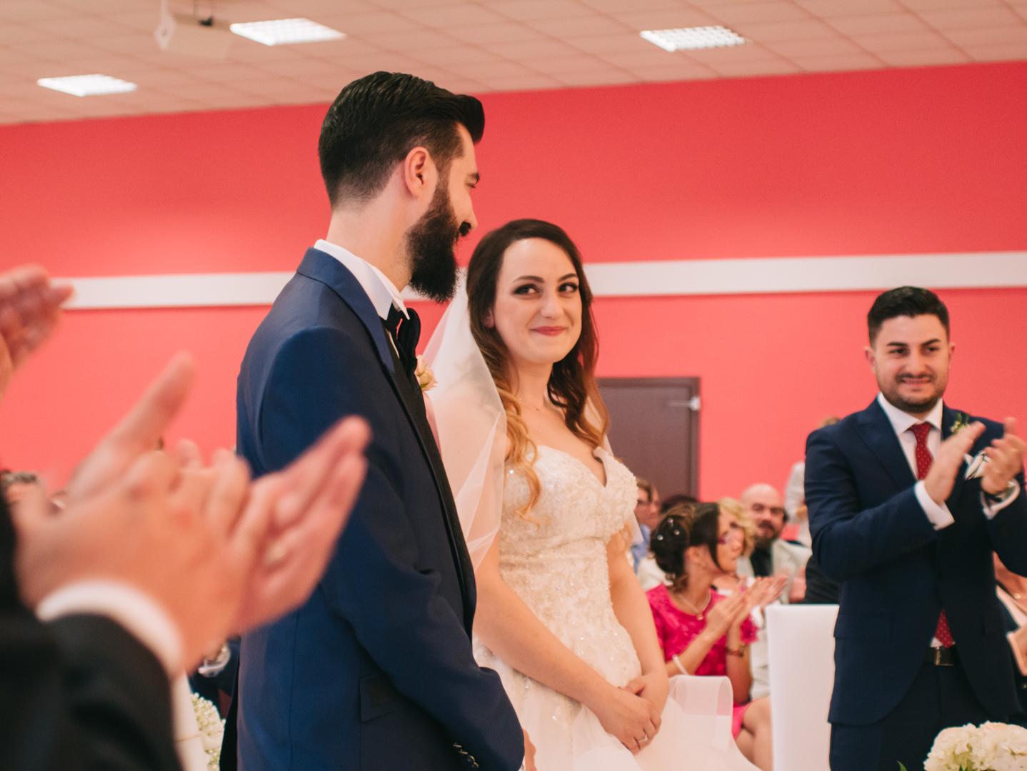 Ares & Claudia • Bernardo Almeida